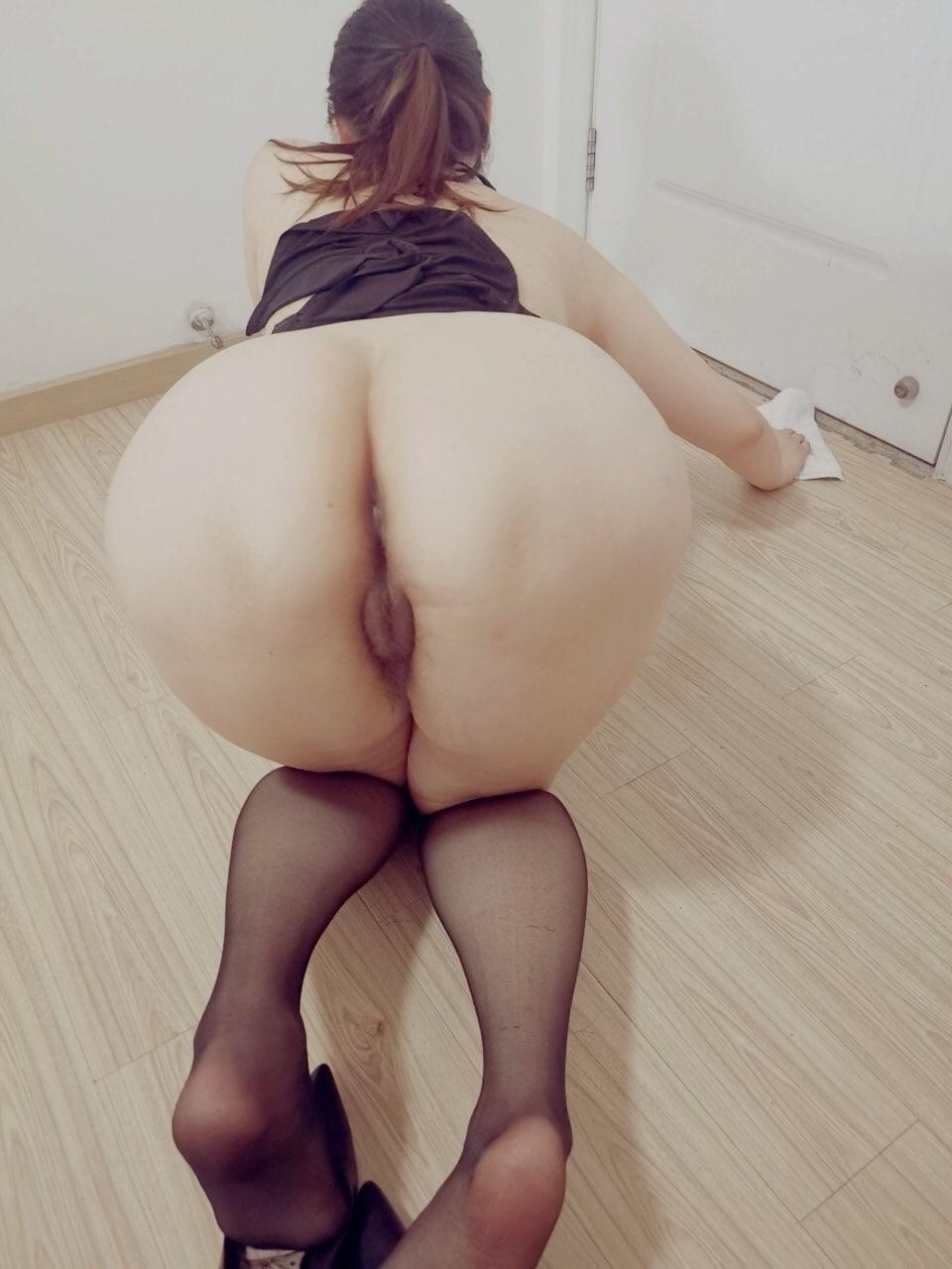 [丰乳肥臀]后入视角欣赏别人家老婆的肥美屁股